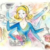 Casalinga alle prese con le attività domestiche