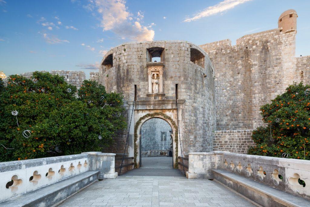 Pile Gate Cersei