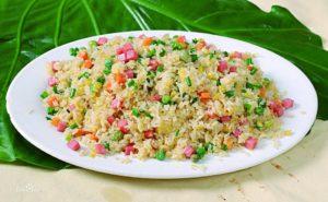 Riso fritto Yangzhou, specialità della cucina cinese Huaiyang.