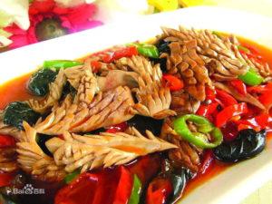 Rognone di maiale fritto, specialità della cucina cinese dello Shandong