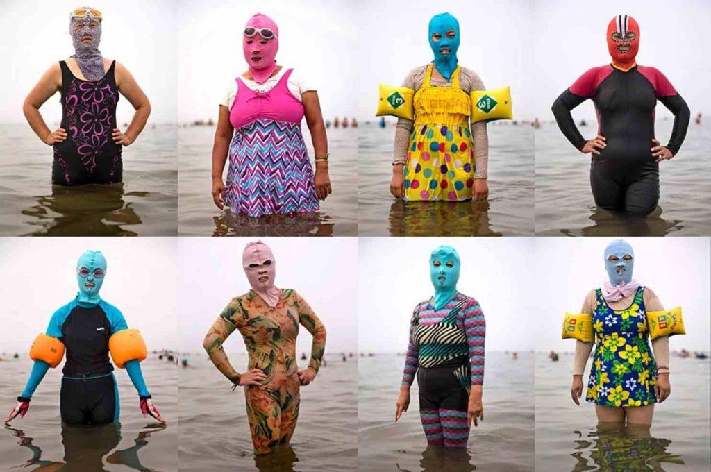 Abbronzatura in Cina: facekini e costume integrale